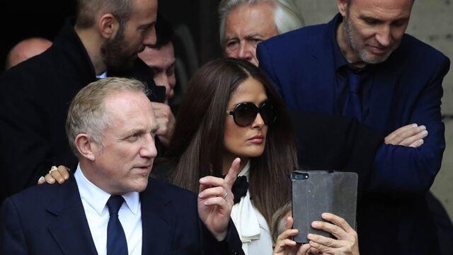 Obsèques de Jacques Chirac : de Bill Clinton à Salma Hayek, en passant par Vladimir Poutine ou Vincent Lindon, de nombreuses personnalités présentes à l'église Saint-Sulpice (PHOTOS)