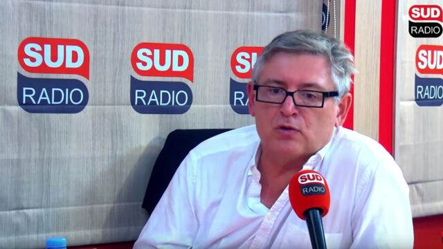 """Michel Onfray tacle la couverture médiatique du décès de Jacques Chirac : """"On en a trop fait !"""" (VIDEO)"""