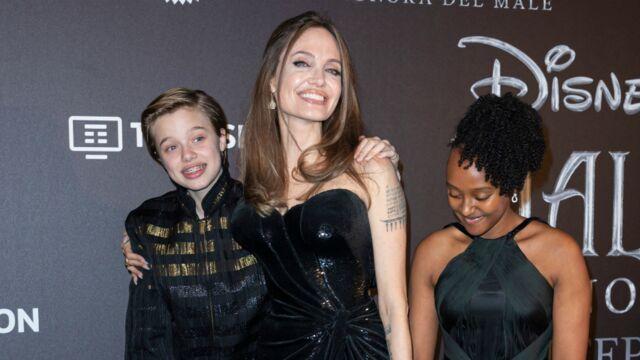 Angelina Jolie tout sourire avec ses filles Zahara et Shiloh, portrait craché de son... papa (PHOTOS)