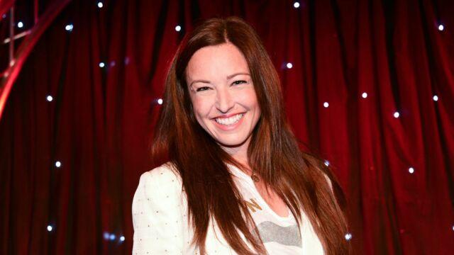 """Natasha Saint-Pier """"attristée"""" : ce désaccord avec un fan qui lui a déplu"""