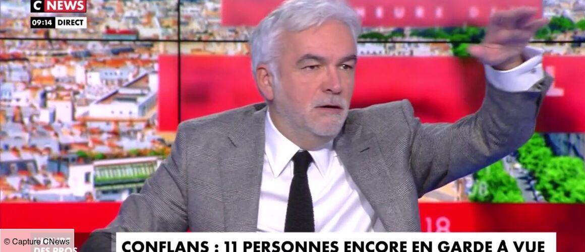 Attentat de Conflans : Pascal Praud en flagrant délit de fake news sur Omar Sy (VIDEO) - actu - Télé 2 semaines