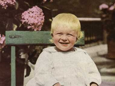Prince Philip bientôt centenaire, retour sur sa vie en images