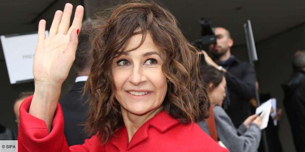 """Valérie Lemercier évoque le tournage compliqué des Visiteurs : """"J'avais honte de tout ce que j'ai fait dans le film"""""""