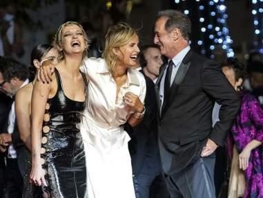Cannes 2021 : Vincent Lindon tout sourire pour la montée des marches du très attendu Titane