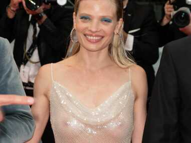 Cannes 2021 : Mélanie Thierry ose la transparence pour la montée des marches du film Tralala