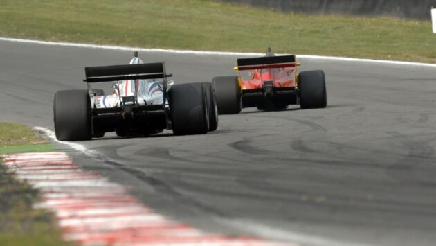 Formule 2 : Chasing the Dream