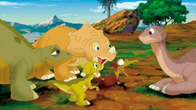 le-petit-dinosaure-les-longs-cous-et-le-cercle-de-lumiere