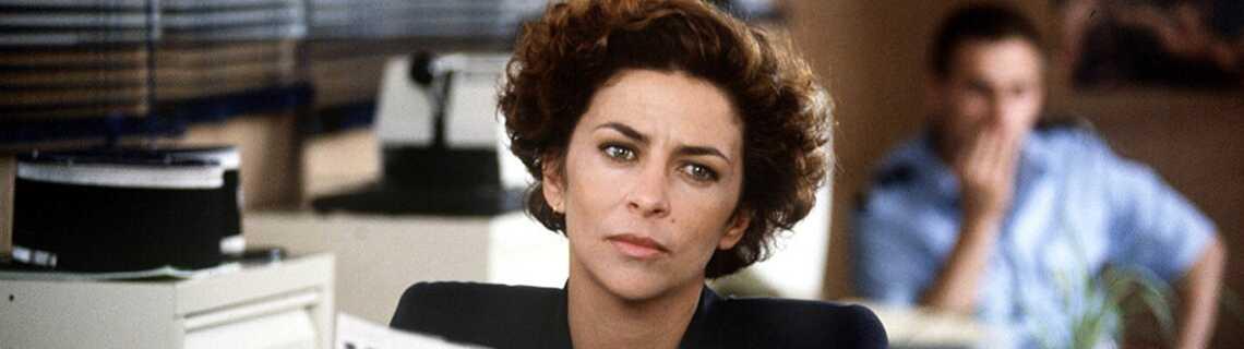 Une Femme D Honneur Portrait D Un Tueur Saison 2002 Telefilm