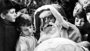 Noël, Noël, Noël les p'tites chandelles ! - Page 2 L-assassinat-du-pere-noel