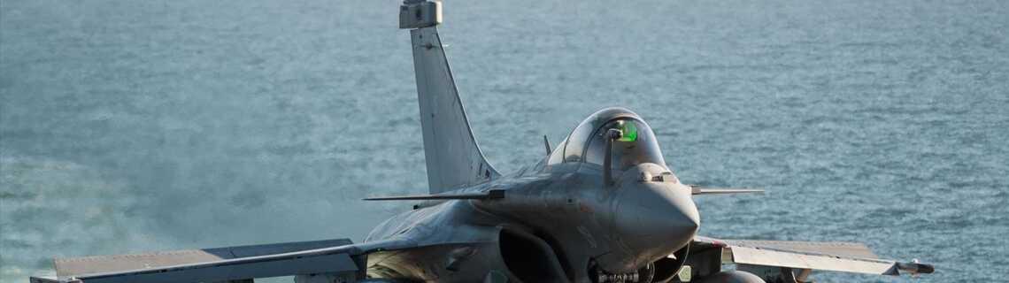 Charles De Gaulle Porte Avions Du Futur Tele Loisirs