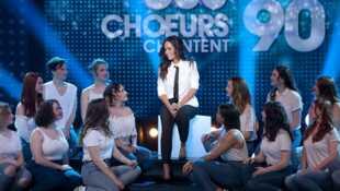 300 choeurs chantent les plus belles chansons des années 90