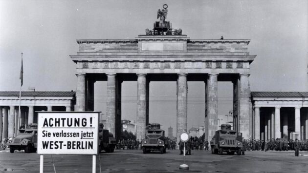Countdown to 1961 : la construction du mur de Berlin