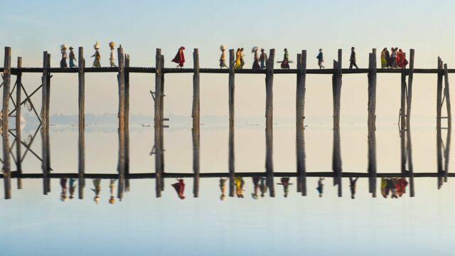 Entre deux rives : un monde de ponts