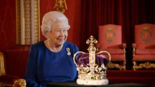 Elizabeth II, histoire d'un couronnement