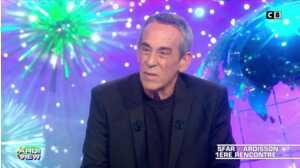 """Joann Sfar s'exprime sur le clash Hapsatou Sy/Eric Zemmour : """"il veut vendre des bouquins"""""""