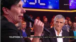 Téléthon 2018 : Nagui en larmes et Pascal Obispo très ému face au témoignage d'une mère de famille