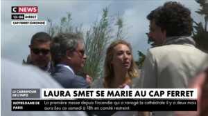 Premières images de Laura Smet à la sortie de l'église au Cap Ferret
