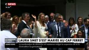 Mariage de Laura Smet : Laura Smet et Nathalie Baye saluent la foule à la sortie de l'église