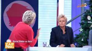 Muriel Robin agacée d'être sans cesse interrompue par Sophie Davant sur le plateau de C'est au programme
