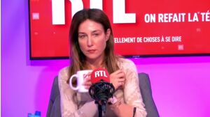 """Elsa Zylberstein dézingue """"la pensée unique"""" et les réseaux sociaux"""