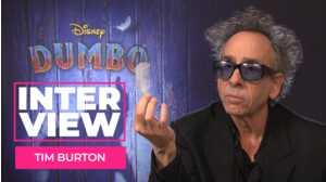 Tim Burton aux manettes de Dumbo : une plume, une citrouille, un noeud papillon... Le réalisateur revisite sa filmo !