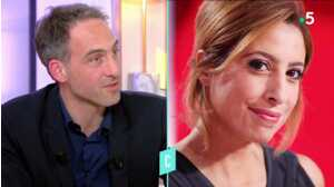 """Raphaël Glucksmann se confie sur """"l'acte d'amour incroyable"""" de Léa Salamé dans C l'hebdo"""