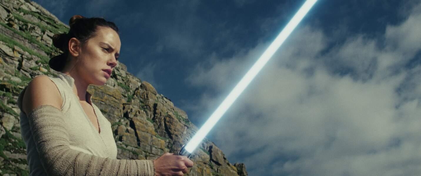 Rey (Daisy Ridley), nouvelle Jedi dans Les Derniers Jedi (2017) ?