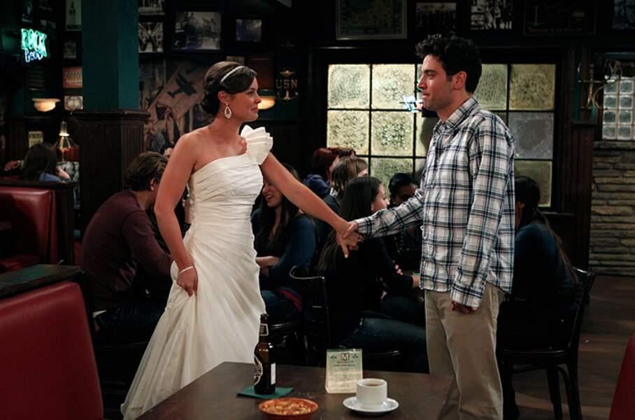 On se demande ce qui se serait passé si Victoria (Ashley Williams) n'avait pas été en Allemagne... Mariage ?
