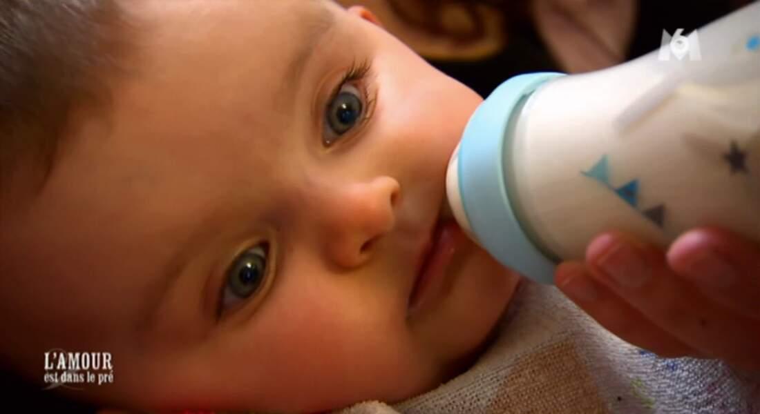 Fabien et Alexia ont un bébé TROP CHOU.