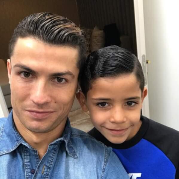 Et les deux Cristiano Ronaldo, fans de gomina.