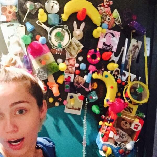 Connue dans Hannah Montana, Miley Cyrus a un univers bien à elle, mi-cucul, mi-trash