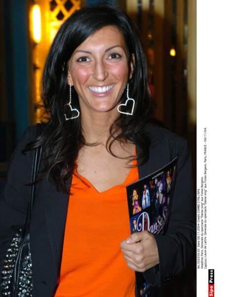 Après un passage par la télé, elle est devenue rédactrice en chef du magazine spécialisé Les Nouvelles Esthétiques