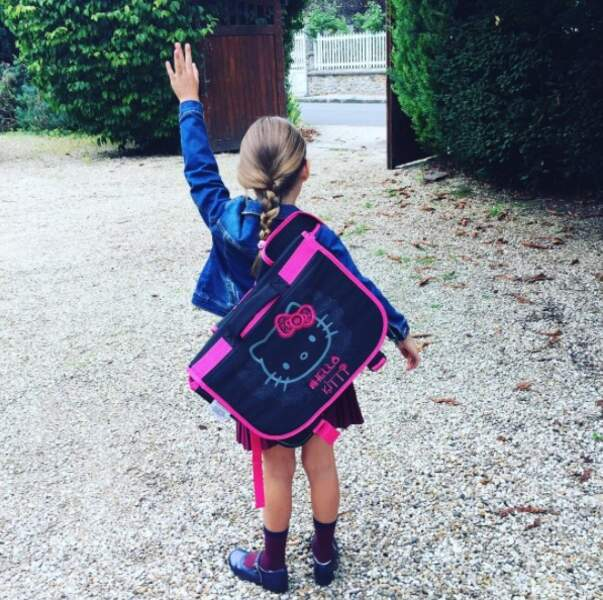 La petite Sharlie, fille de l'actrice Vanessa Demouy, a fait sa rentrée en CP