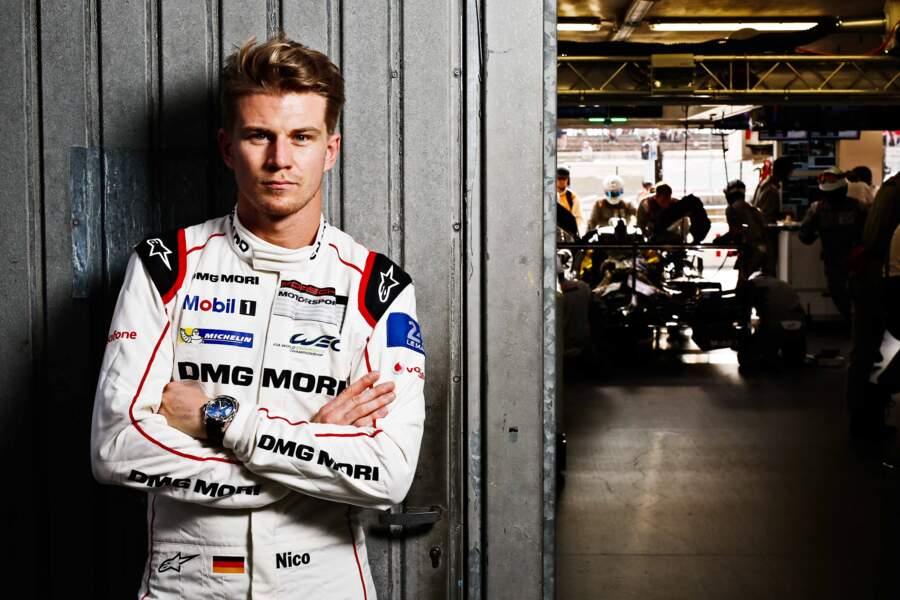 Elle a charmé le pilote Porsche Nico Huelkenberg