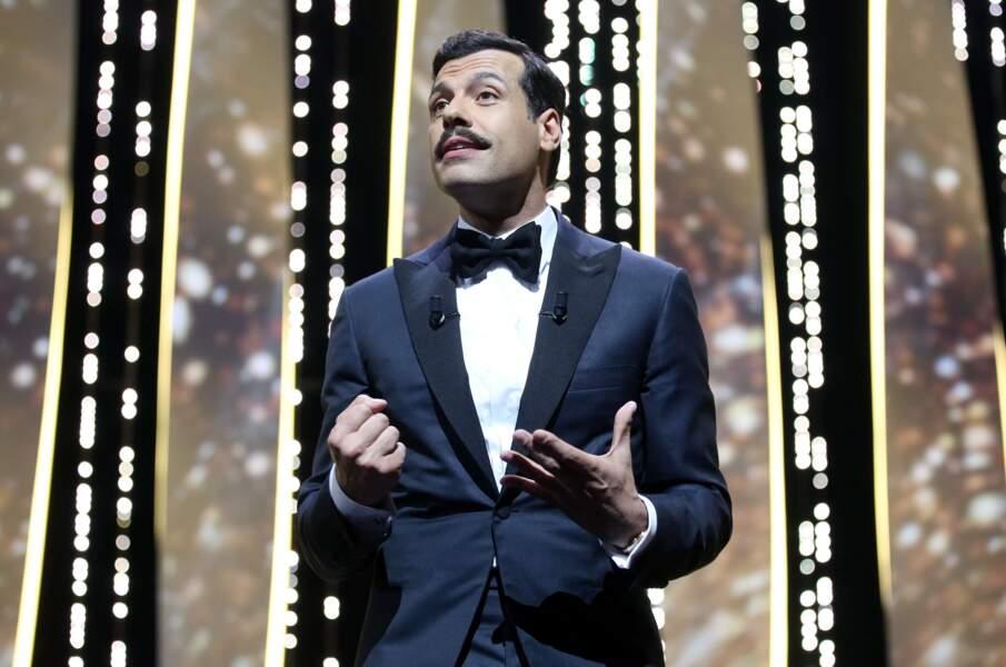 Sociétaire de la Comédie française, il a tourné pour Michel Gondry, Paul Verhoeven ou Guillaume Canet