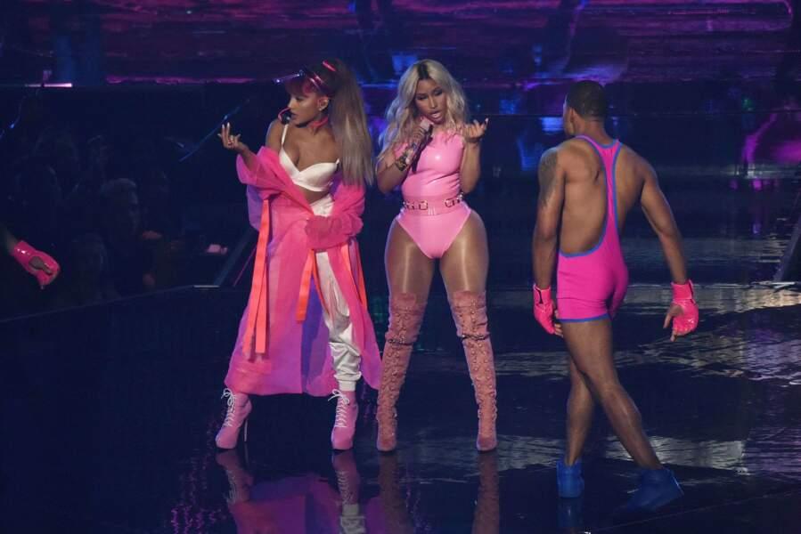 Nicki Minaj avait les mêmes, mais en rose