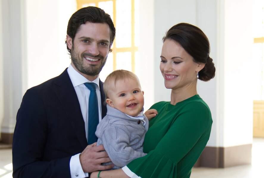Mars 2017, Alexander est fier d'annoncer la prochaine naissance d'un petit frère ou d'une petite sœur !