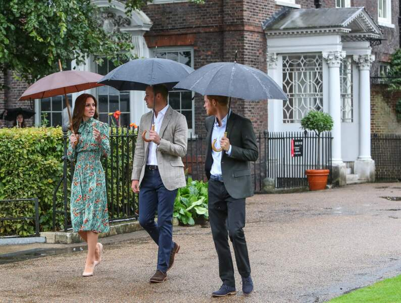 La duchesse de Cambridge portait une superbe robe fleurie verte