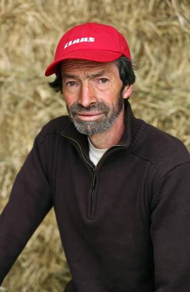 Jean-Louis, 51 ans, est éleveur de brebis.
