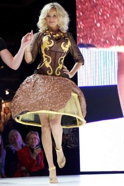 Adriana Karembeu en Ferrero géant