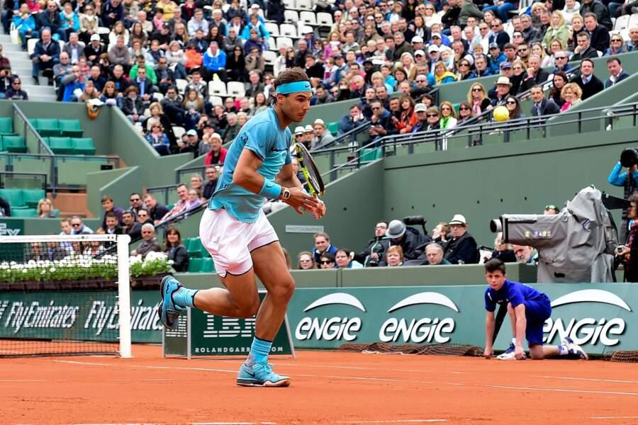 Finalement, Nadal est plutôt élégant avec son maillot bleu azur