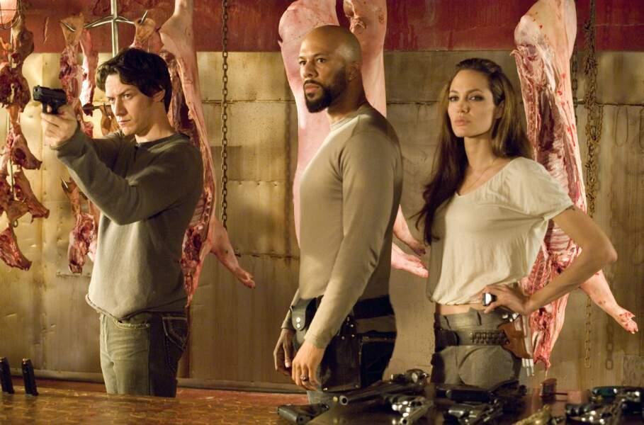 Dans Wanted : choisis ton destin (2008), elle est chargée de former James McAvoy au métier de tueur