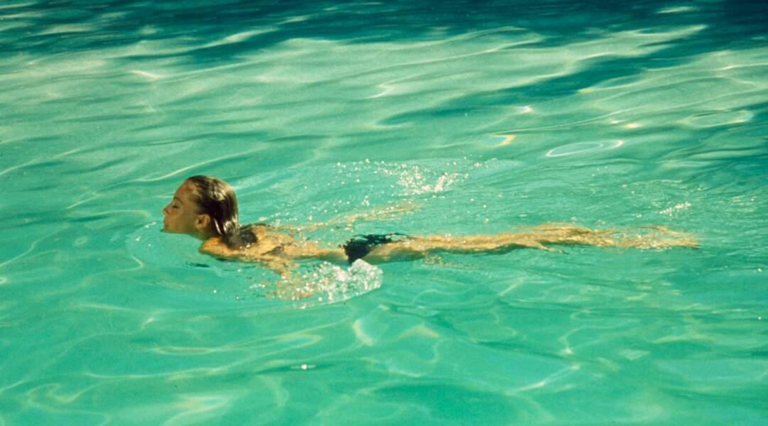 Dans La Piscine avec Romy Schneider, l'amitié entre Alain Delon et Maurice Ronet fait plouf.