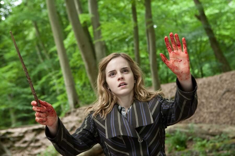 """Hermione dans le dernier volet (en deux parties) de la saga """"Les reliques de la mort"""""""
