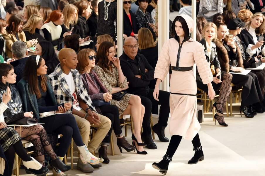 Kendall Jenner sur le catwalk
