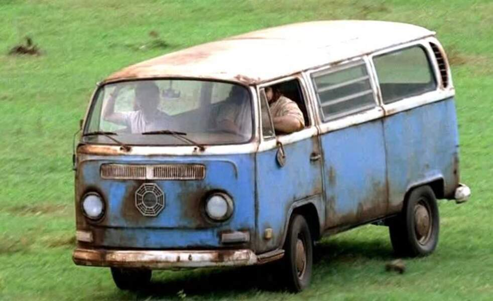 Lost : les disparus. Ce combi Volksmagen T2a 1968 a été vendu aux enchères pour la somme de 34000 euros environ