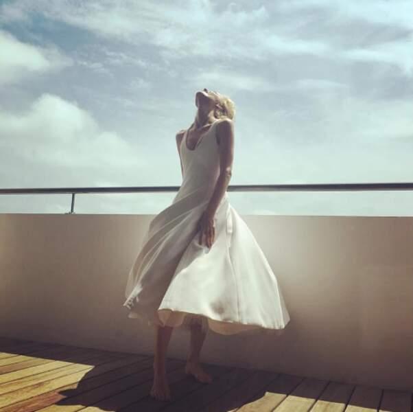 Eva Herzigova trouve le Festival de Cannes, renversant !
