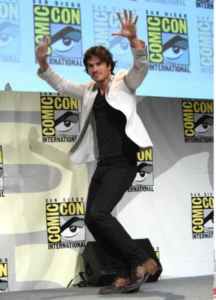 Un chevelu Ian Somerhalder a fait la promo de Vampire Diaries...