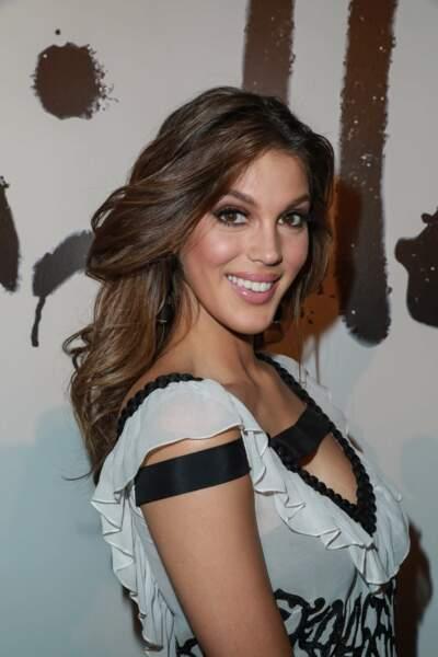 Une Miss Univers tout sourire à la Fashion Week de New York