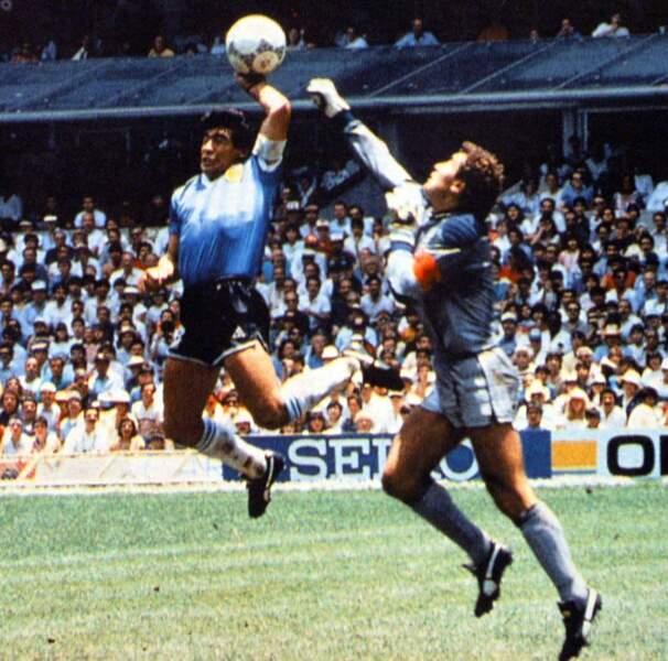24. Diego Armando Maradona (Argentine) 8 buts